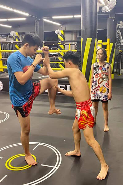 Lớp học kick boxing ở TPHCM