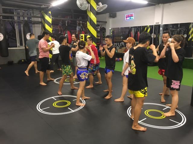học kick boxing